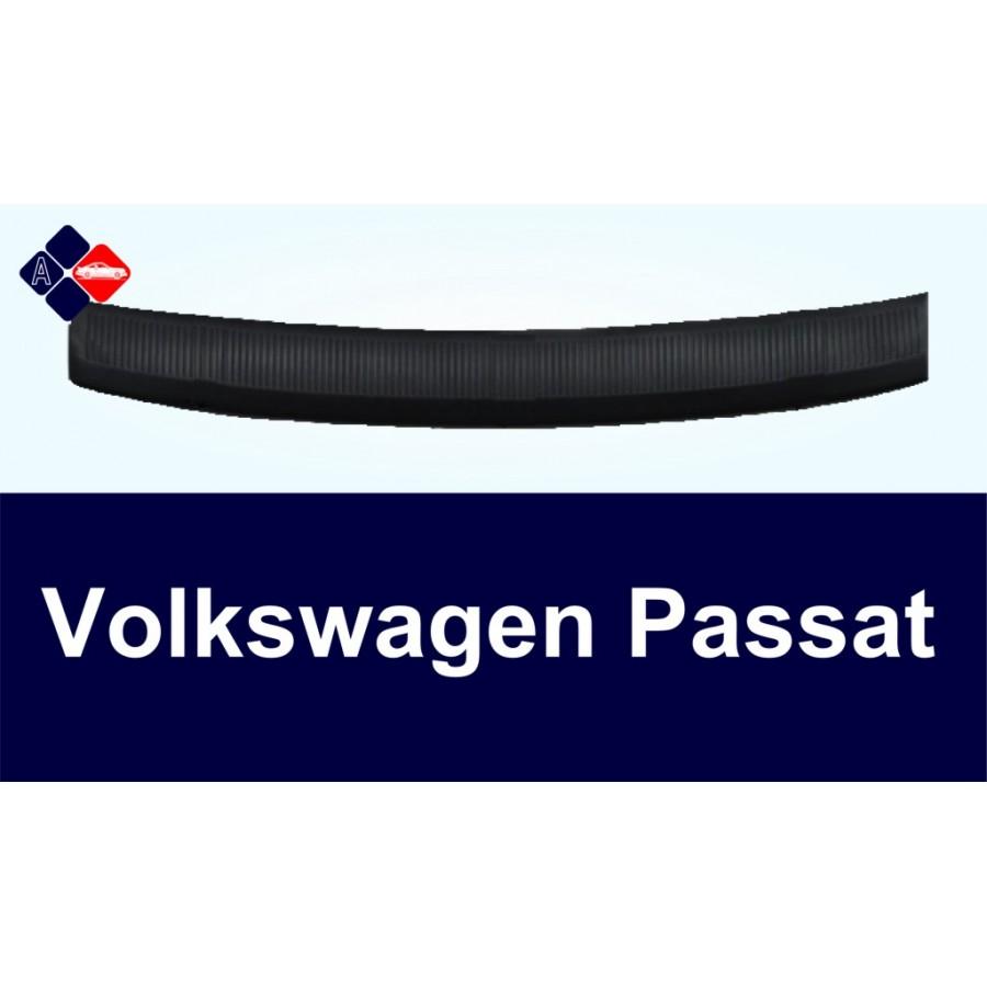 Volkswagen Passat B7 Rear Bumper Protector